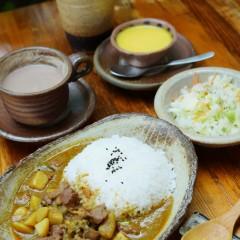 ビーフカレー(牛肉+牛すじ+じゃがいも)